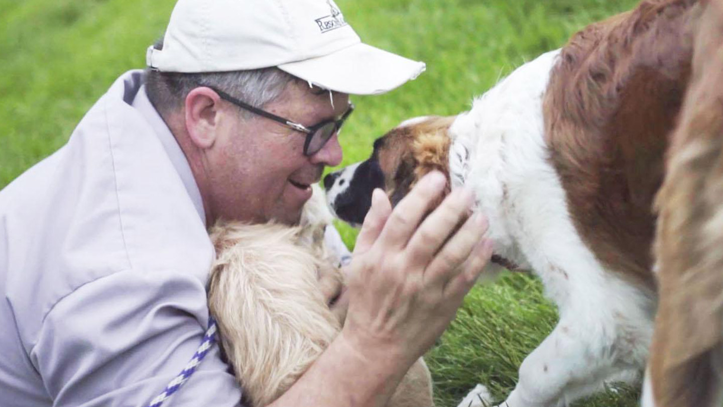 Meet an Unlikely Hero Helping Dogs Reach Loving Homes