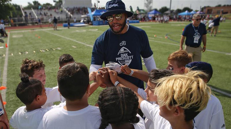 How Dak Prescott Unlocks Junior Players' Confidence